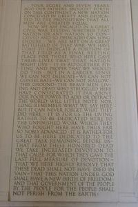 240px-Gettysburg_Address_at_Lincoln_Memorial